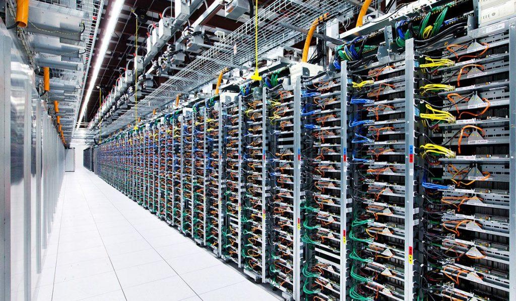 google-servers-2015-08-20-01
